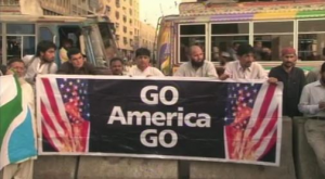 Funny Pakistan protest sign - Go America Go