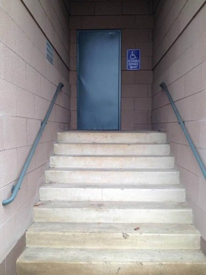 Handicap entrance with stairs